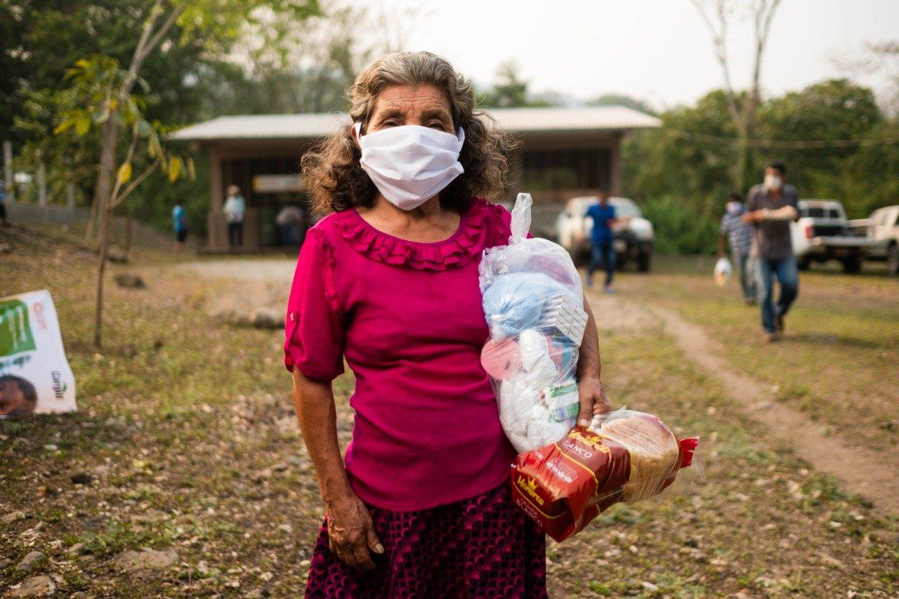 CARE – Cargill entrega a más de 13 mil personas paquetes de alimentos durante la emergencia sanitaria por COVID-19 en Honduras, Nicaragua, Costa Rica y Guatemala